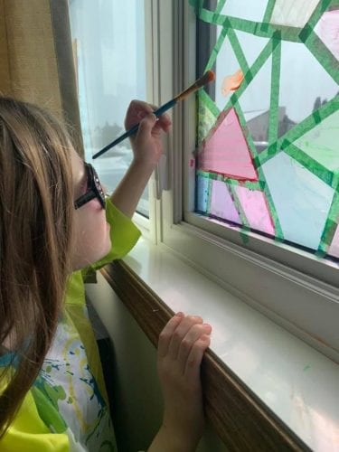 DIY Acrylic Window Paint - Kid at home painting on window