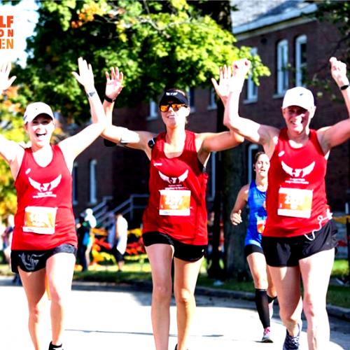 women running in half marathon